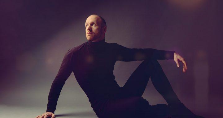 "New music: Pop artist R U D I shares ""Heartstrings"""